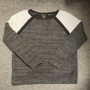 💜 NWOT Calvin Klein pullover size M